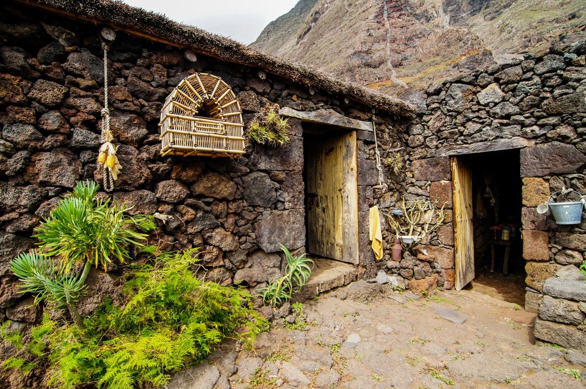 El Hierro, opustené kamenné domy