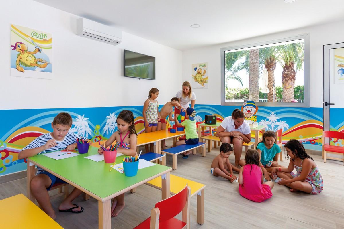 RIU Papayas - detský klub RiuLand