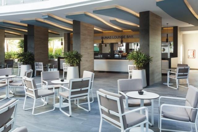 RIU Papayas - lobby bar