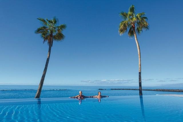 RIU Arecas - infinity bazén