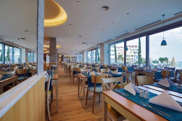 RIU Astoria - reštaurácia s ľahkým občerstvením / talianska reštaurácia