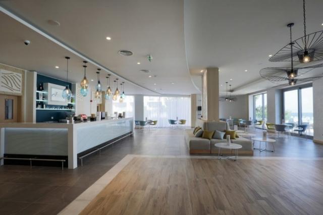 RIU Astoria - lobby bar