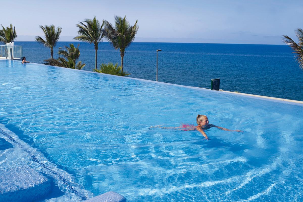 RIU Gran Canaria - infinity bazén