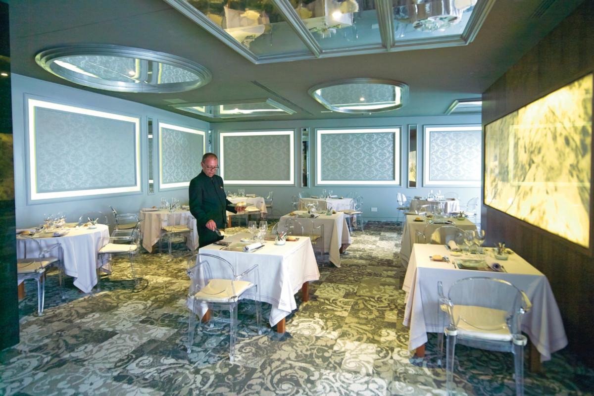 RIU Palace Meloneras - reštaurácia Krystal