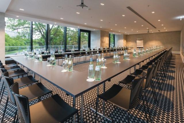 RIU Plaza Berlín - konferenčná miestnosť