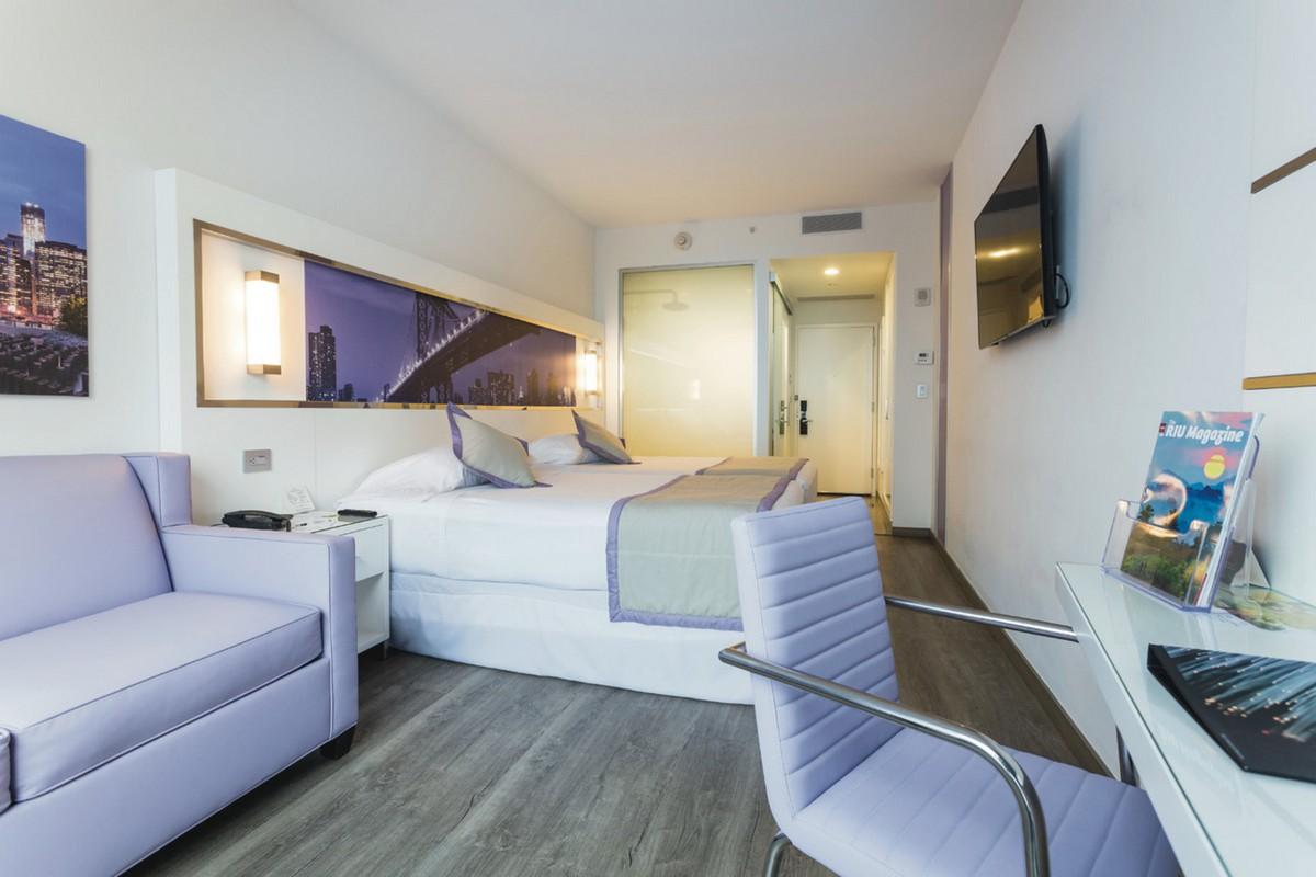 RIU Plaza New York Times Square - izba deluxe family full bed (DFT)