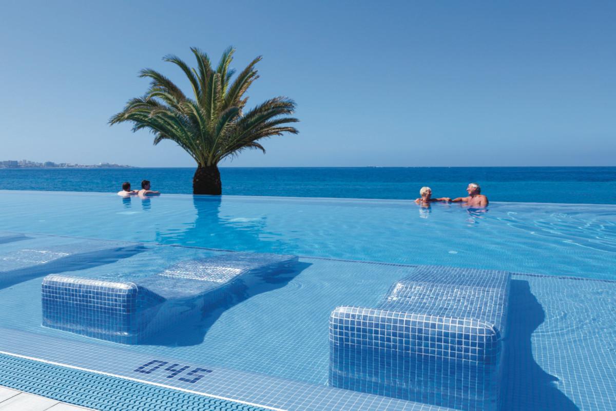 RIU Palace Tenerife - infinity bazén