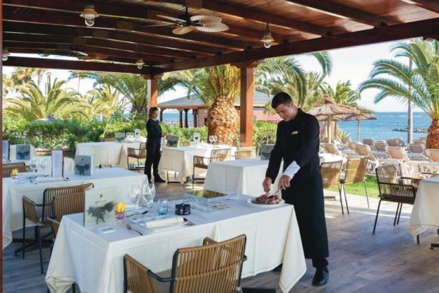 RIU Palace Tenerife - španielska reštaurácia