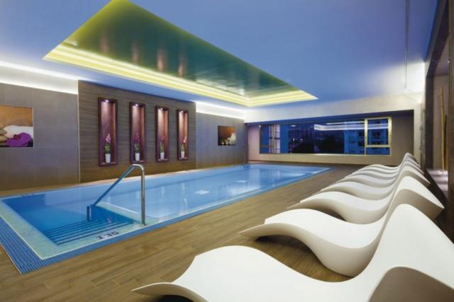 RIU Palace Tenerife - vnútorný bazén