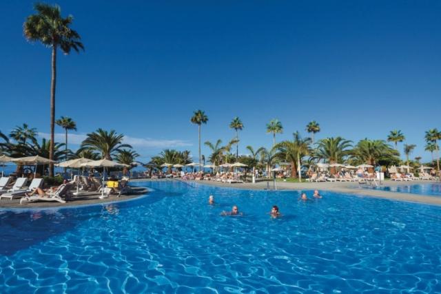RIU Palace Tenerife - vonkajší bazén
